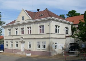 škola stará budova